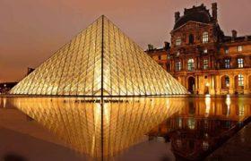 Стеклянные пирамиды Лувра