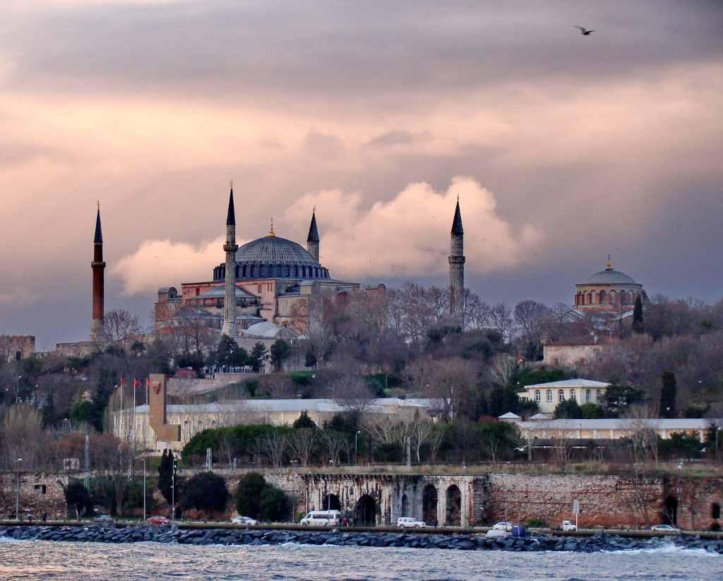 Минтранс Турции внедрил онлайн-систему U-ETDS